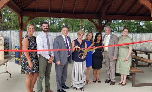 Whiting Elementary School Opens Outdoor Classroom